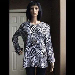 Jones New York Soft Cotton Black and White Top